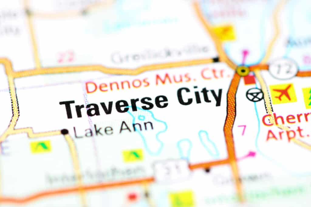 things to do in traverse